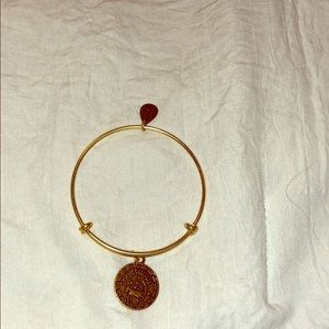 Jewelry - Never worn, in great condition